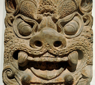Ogre Mask, on brick, (or Zephr), molded terracotta, traces of paint, Tang dynasty (618-907), Xinuningsi pagota, Temple Where Contemplation Is Cultivated, Mount Qingliang, China – collection Art Institute, Chicago, Illinois, USA