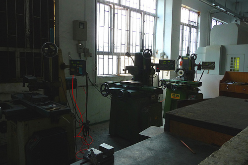Plastic injection factory and toolshop Shajing China