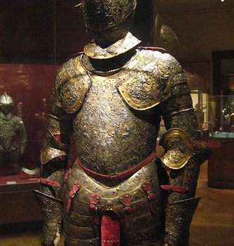 NYC – Metropolitan Museum of Art – Armor for Henry II of France